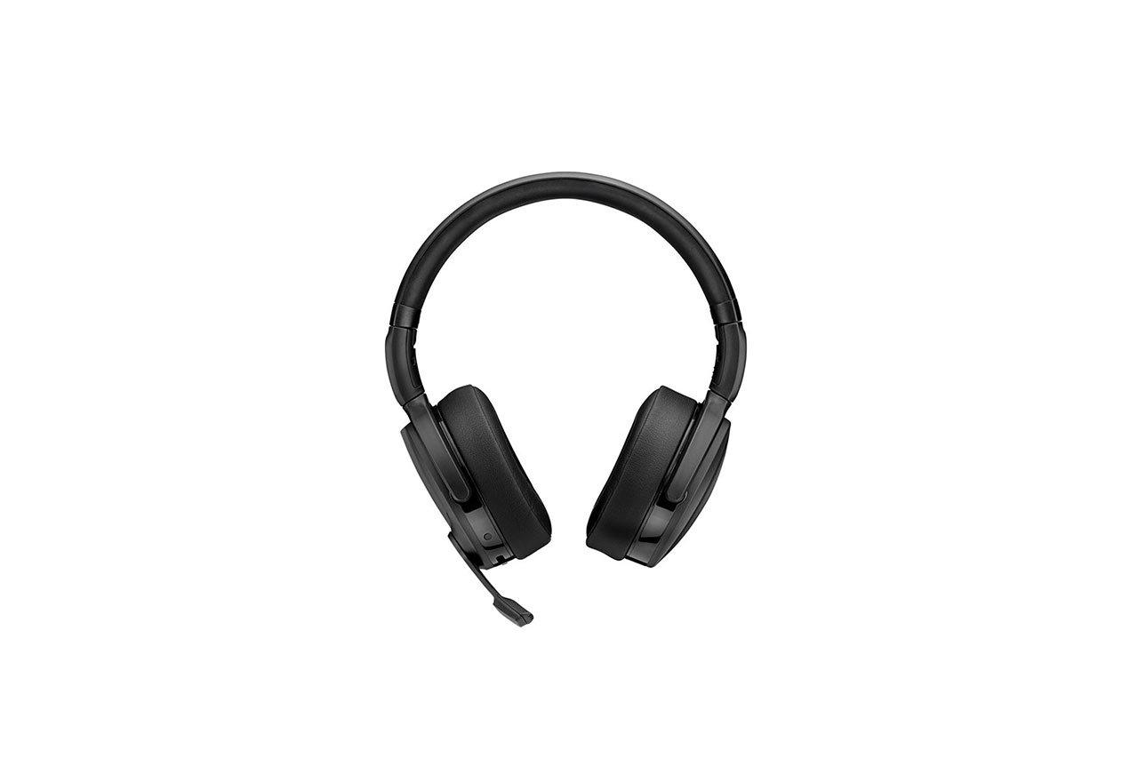 ADAPT-560-On-Ear-02