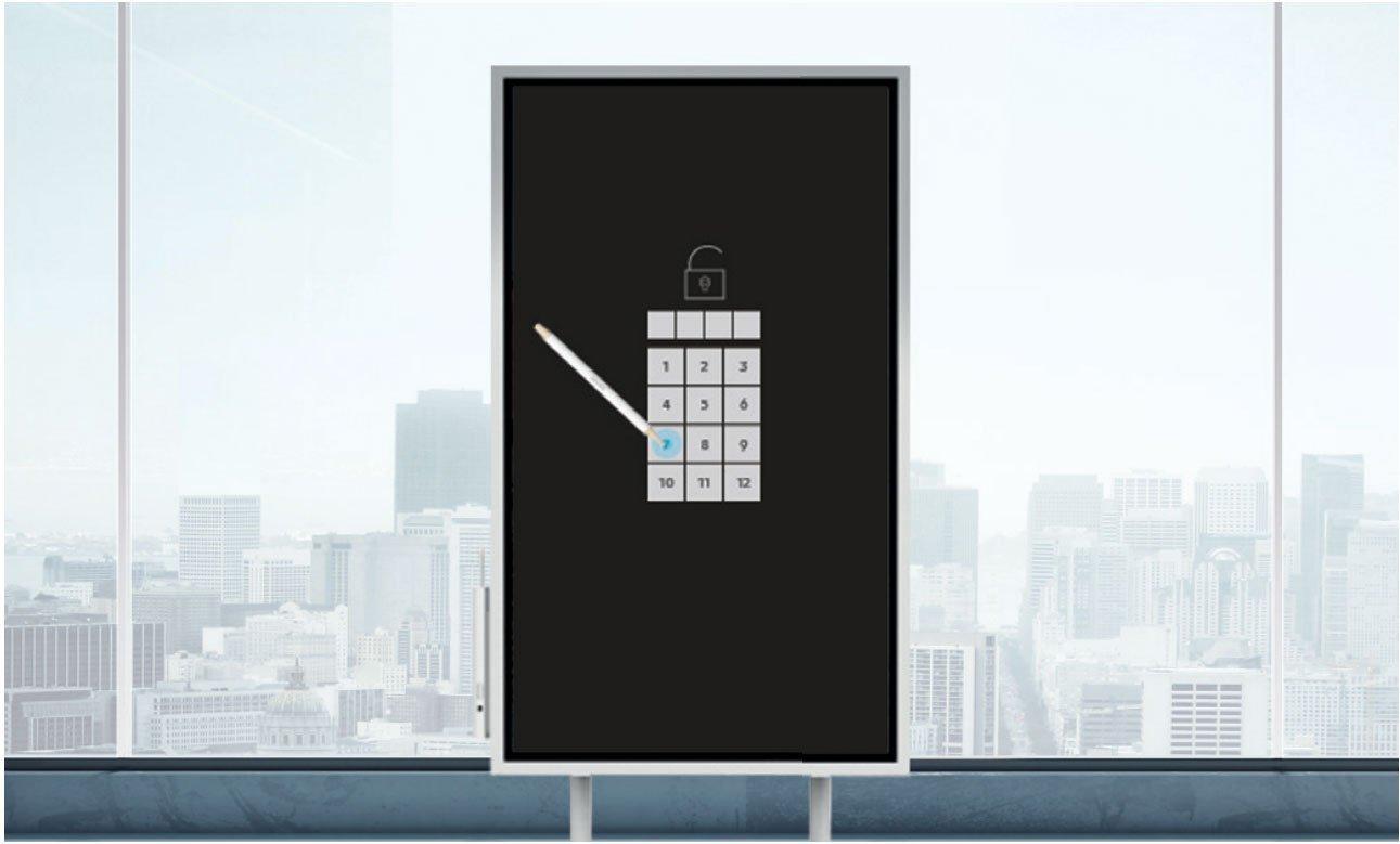 Samsung Flip vor einem Fenster mit gesperrtem Touch Display