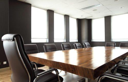 Konferenzraum Tisch